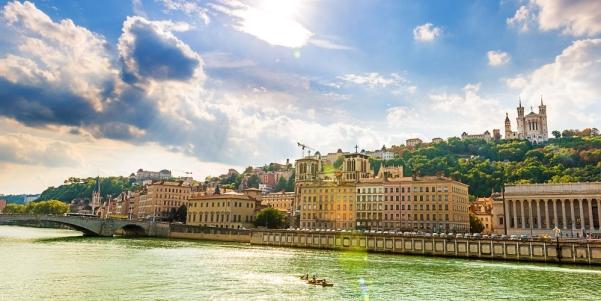Tourisme en ville : Lyon en 2ème position pour les vacances de Toussaint selon Ulysse Image-20211005024633-1